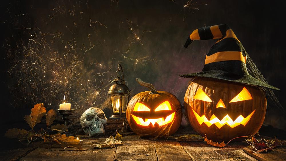 Kas ir <strong>šie spocīgie un pabaisie rudens svētki — </strong>Helovīns?