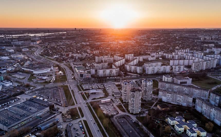 Eksperte: Latvijai virzība uz klimatneitralitāti <strong>izmaksās vairākus miljardus eiro</strong>