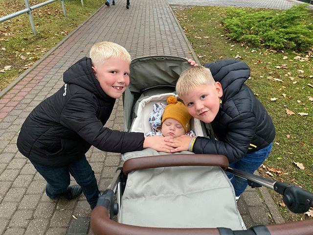 Triju puiku mamma: <strong> Ja mājās ir trīs dēli un ideāla kārtība, kaut kas nav īsti kārtībā!</strong>