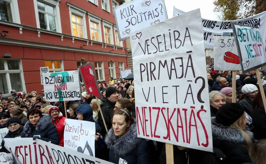 7. novembra protests