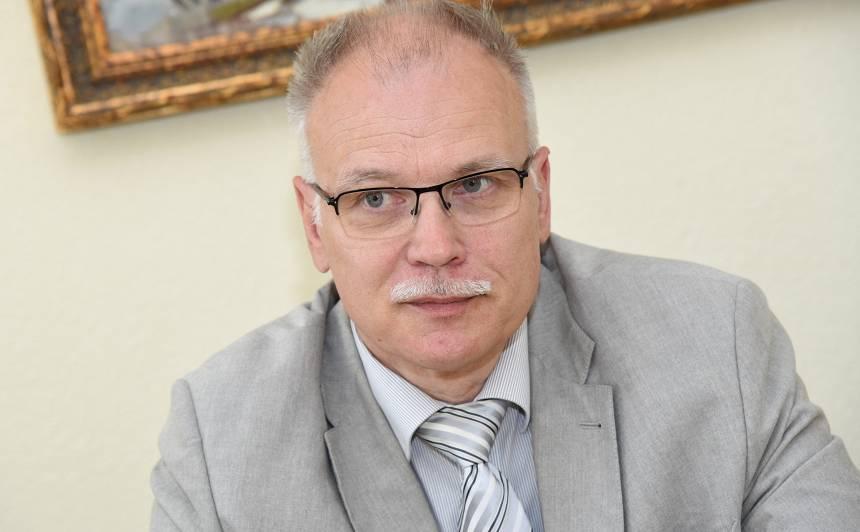 Latvijas veselības un sociālās aprūpes darbinieku arodbiedrības valdes priekšsēdētājs Valdis Keris