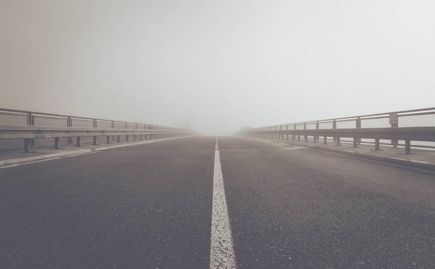 <strong>Divu gadu laikā pieci garantijas remonti</strong> — tilts pāri Lielupei atkal tiks labots