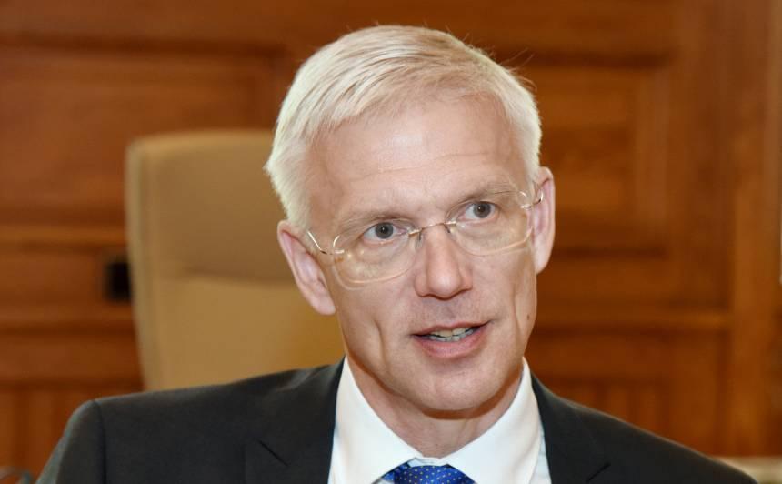 <strong>Kariņš: Baltijas valstīm jābūt 5G ēras līderiem;</strong> Latvija gatava uzņemties vadību
