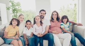 Daudzbērnu ģimenes valsts svētkos <strong>bez maksas varēs braukt ar reģionālo sabiedrisko transportu</strong>