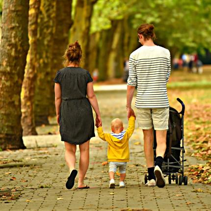 Kā izvēlēties piemērotus <strong>ratiņus mazulim</strong>?