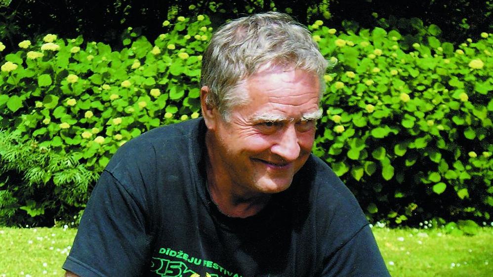 Neizsmeļamais keramiķa avots — <strong>vecmeistars Jānis Seiksts</strong>