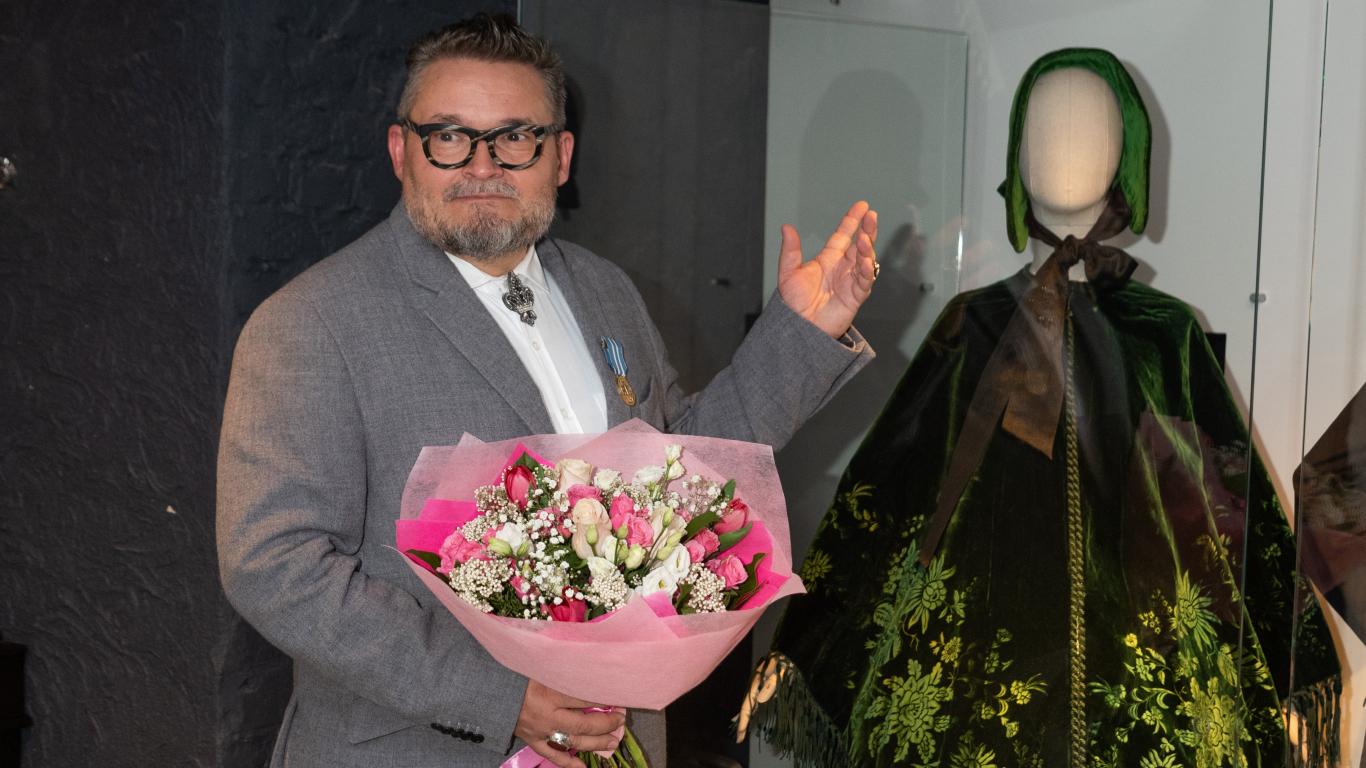 Krievijas modes eksperts uz Rīgu atved <strong>nāvējošo kleitu</strong>