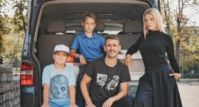 Trīs bērnu tēvs Aldis Kalniņš: <strong>Kad piedzima dēli, es sapratu, cik ļoti citādi tas ir</strong>