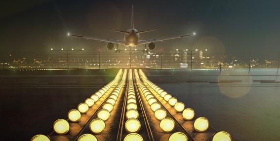 <strong>9 amizanti fakti</strong> par lidošanu un lidostām