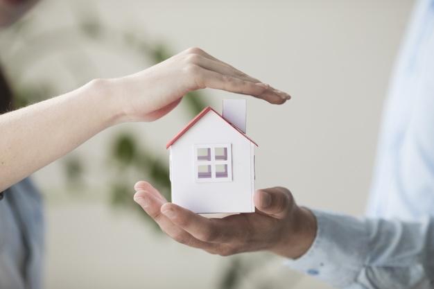 Vairāk nekā 35% bērnu Latvijā dzīvo <strong>veselībai kaitīgās mājās</strong>