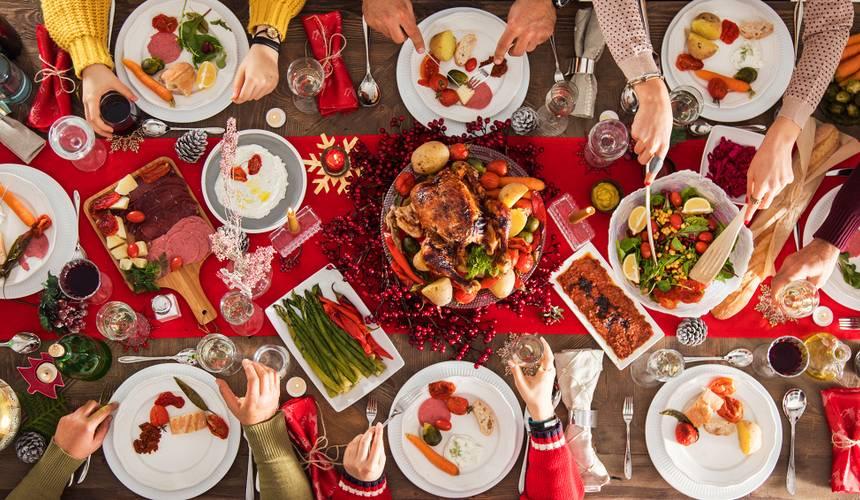 Lai gardi Ziemassvētki! <strong>60 īpašu recepšu izlase bagātam svētku galdam</strong>