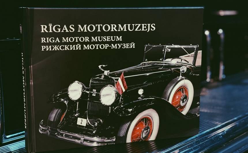 Rīgas Motormuzejs izdod <strong>unikālu seno spēkratu ekspozīcijas foto katalogu</strong>
