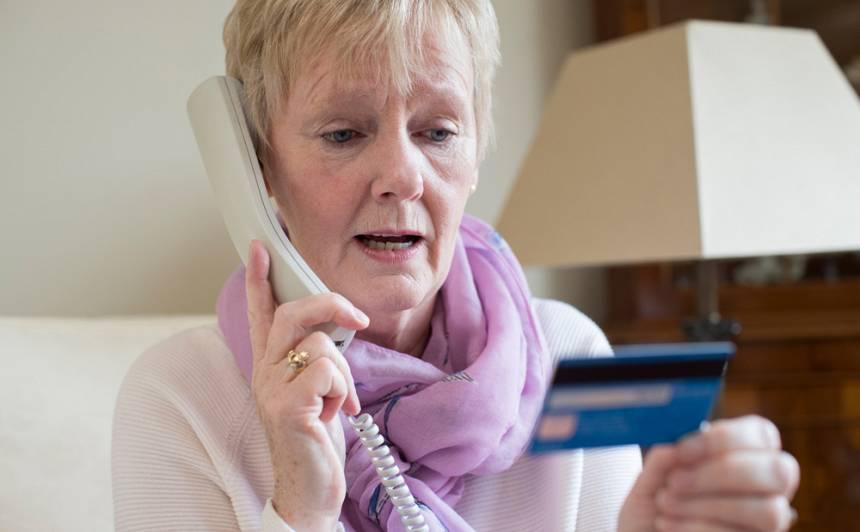 <strong>Valsts policija atkārtoti brīdina par telefonkrāpniekiem –</strong> <em>finanšu speciālistiem</em>