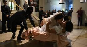 Skandalozo performanču turpinājums — <strong>mākslas vārdā sarīko kāzas</strong>