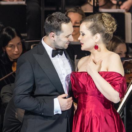 FOTO: Latvijas Nacionālajā operā sākušies <strong>Gadumijas koncerti</strong>