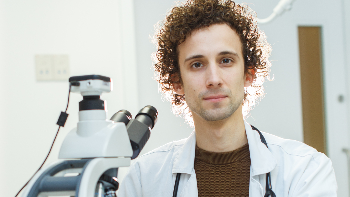 Uzņēmīgais ārsts Kārlis Rācenis — <strong>cīnītājs par medicīnu un mediķiem</strong>