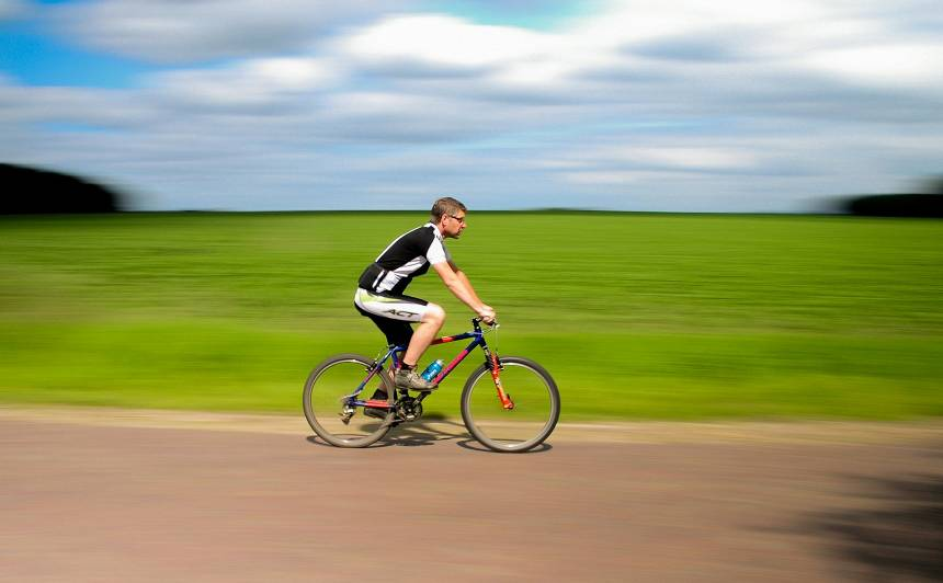 Satiksmes ministrija veikusi līdz šim <strong>plašāko pētījumu par velosatiksmi Latvijā</strong>