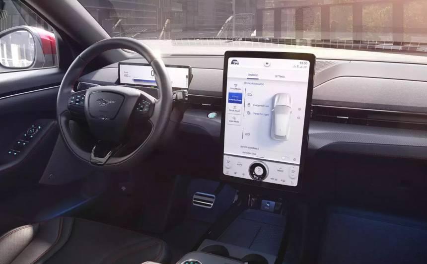 <strong><em>Garmin</em> un <em>Ford</em></strong> radījis jaunu navigācijas sistēmu