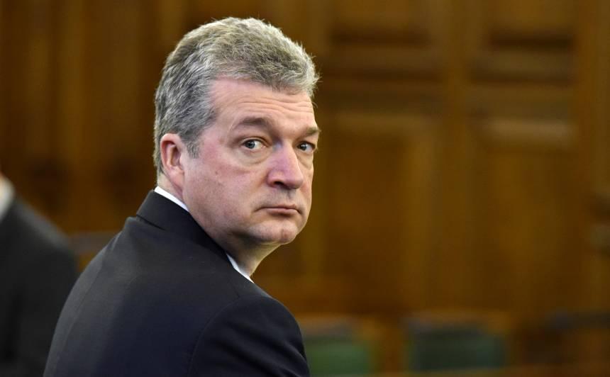Partijas KPV LV Saeimas frakcijas priekšsēdētājs Atis Zakatistovs