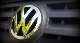 Vācijas prokuratūra <em>dīzeļgeitā</em> izvirza <strong>apsūdzības sešiem <em>Volkswagen</em> darbiniekiem</strong>
