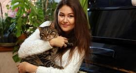 <em>X Faktora</em> zvaigzne <strong>Alise izseko savu kaķi</strong>: Jūtos kā mamma, kas kontrolē savu bērnu