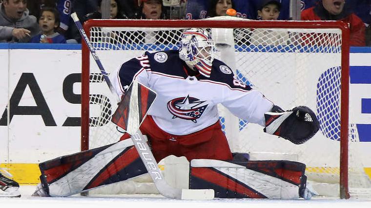 VIDEO: NHL spoži debitē <strong>vēl viens latviešu vārtsargs — Matīss Kivlenieks</strong>