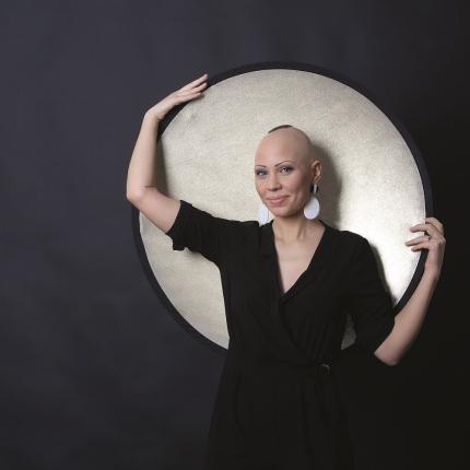 <strong>Es gribu būt saule!</strong> Arhitekte Ieva Putniņa un retā slimība alopēcija
