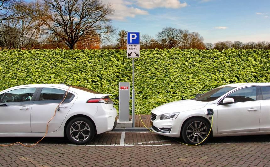 SM: 2030.gadā Latvijā būtu jābūt <strong>18 000 elektroauto</strong>