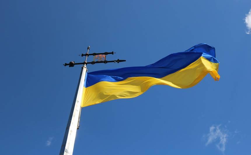 <strong>Ar kontrabandas cigaretēm automašīnā</strong> pieķerts Latvijas goda konsuls Ukrainā