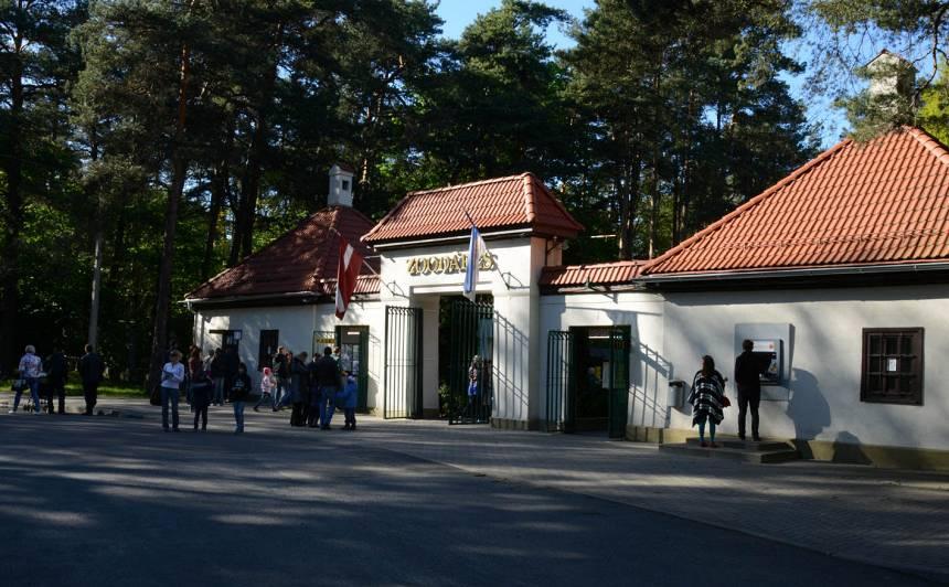 <strong>Atlaisti Rīgas zoodārza vadītāji</strong> Līdaka un Morozovs