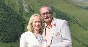 Trīs gadus pēc kāzām <strong>Dzintars Rasnačs dala mantu</strong>