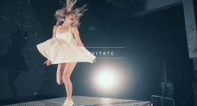 VIDEO: Publicēta <strong>Latvijas prezidenta iedvesmota</strong> dziesma <em>Levitate</em>