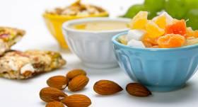 <strong>Veselīgie mazkaloriju našķi — </strong> iesaka trīs uztura speciālistes