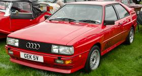<strong>Leģendārajai <em>Audi quattro</em> pilnpiedziņai</strong> jau 40 gadi