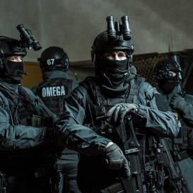 <strong>Slepenā saruna ar triecienniekiem no <em>Omegas</em>,</strong> kuri gar zemi guldīja Krievijas kriminālās autoritātes
