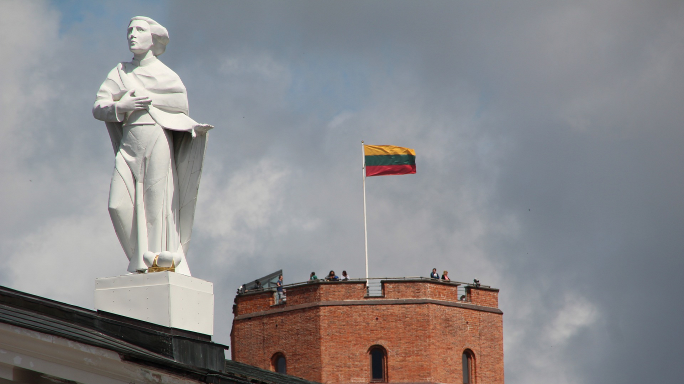 <strong>Lietuvā izsludināta ārkārtējā situācija</strong> saistībā ar jaunā koronavīrusa izplatības risku