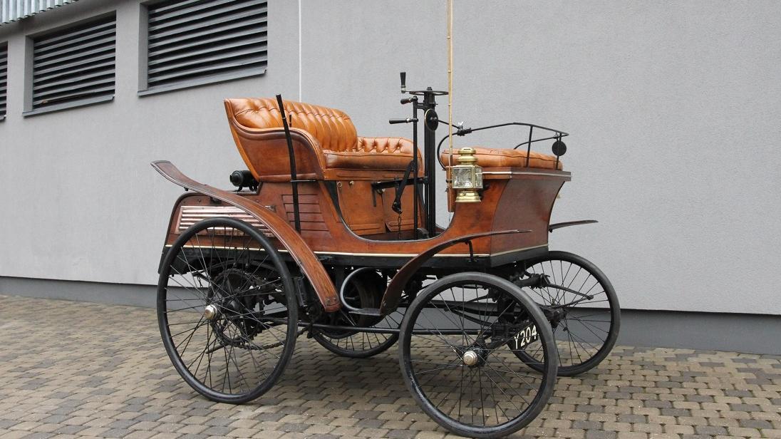 Rīgas Motormuzejā būs apskatāms <strong>Baltijā vecākais auto</strong> un leģendārais <em>Tvaicinieks</em>