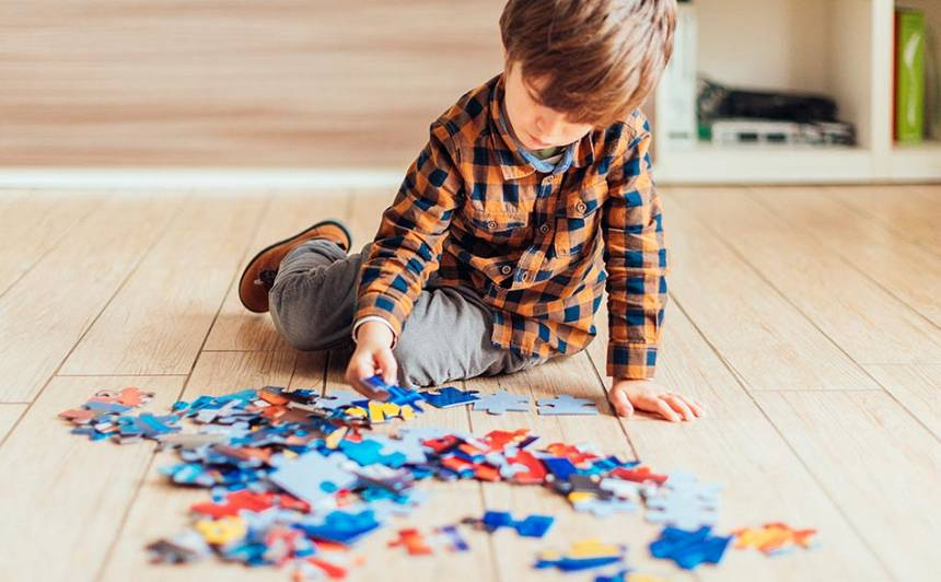 Droša, bezkontakta iepirkšanās un idejas, kā kvalitatīvi pavadīt laiku kopā ar bērniem