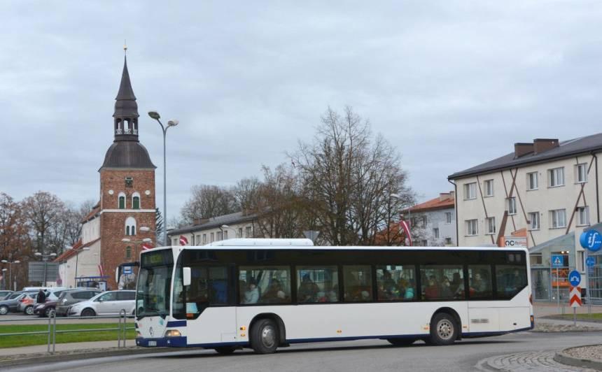 Šoferu drošības dēļ <em>VTU Valmiera</em> autobusos <strong>pasažieriem nebūs pieejamas pirmās četras sēdvietas</strong>