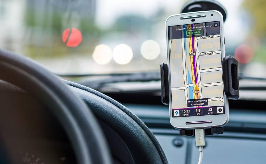 Svarīgākais, kas jāzina par <strong>satiksmes ierobežojumiem ārkārtas situācijas laikā</strong>