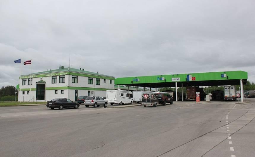 <strong>Anketas, kuras jāparaksta, ierodoties Latvijā,</strong> un jāiesniedz Latvijas valsts robežsardzei