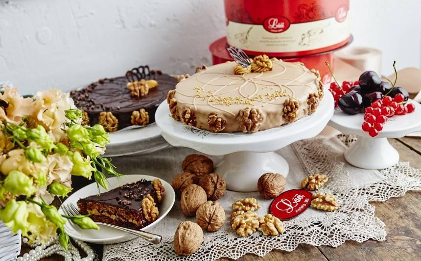 Lāču tortes – svētkiem un skaistajiem mirkļiem. Pa īstam. Un no sirds.
