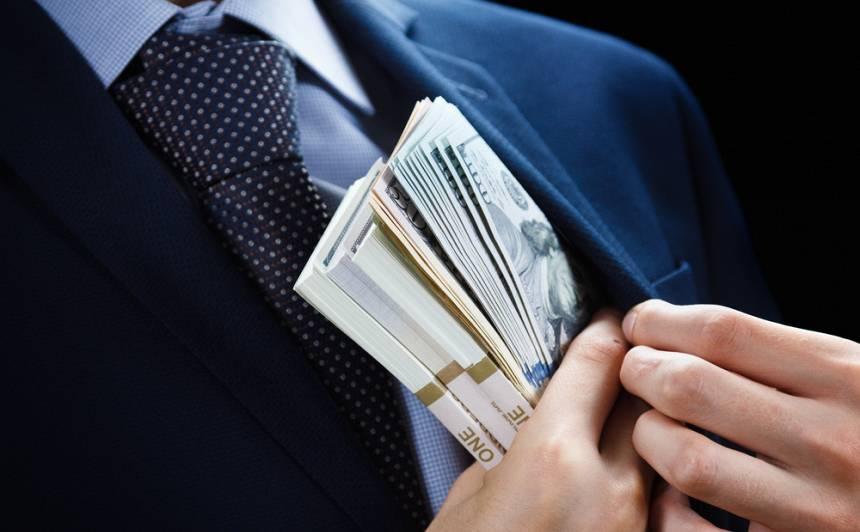Latvijas Valsts policija Magņitska lietā arestējusi aktīvus <strong>pusmiljona dolāru apmērā</strong>
