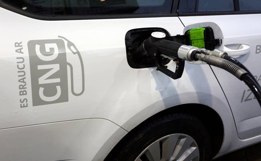 <strong><em>Volkswagen</em> pārtrauks</strong> ar dabasgāzi darbināmu automobiļu izstrādi