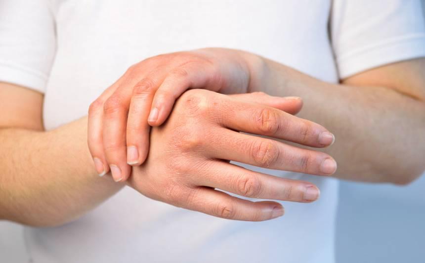 Pastiprināta higiēnas ievērošana – <strong>pārbaudījums tavai roku ādai.</strong> Kā to glābt?