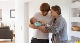Padomi, kā jaunajiem vecākiem <strong>organizēt savu un jaundzimušā ikdienu</strong> #paliecmājās režīmā