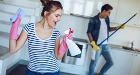 <strong>Kustīgā mājsaimniece</strong> jeb Kā izkustēties, tīrot māju
