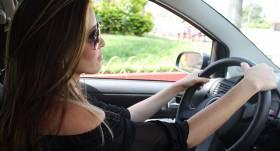 <em>Citybee</em> uzsāk akciju, <strong>mudinot vīriešus braukt kā sievietēm</strong>