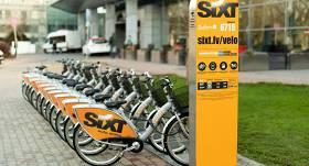 <strong><em>SIXT pārdod</em> velo nomas biznesu,</strong> to pārņem <em>Nextbike Latvia</em>