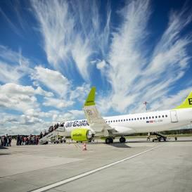 <em>airBaltic</em> piedāvā <strong>bezmaksas ceļojuma datuma maiņu</strong>